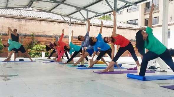 grupo yoga 1